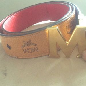 MCM belt for sell at a good price!